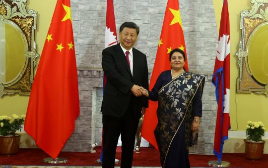 President Bidya Devi Bhandari welcomes her Chinese counterpart Xi Jinping at the former's office in Shhetal Niwas Saturday evening.